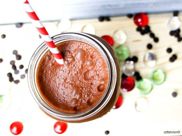 super fruit chocolate smoothie (Paleo )