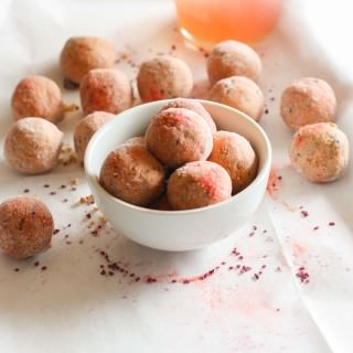 Grain Free Kid friendly Pink Lemonade Protein bites! Lemonade is Summer staple in many homes these days and these refreshing protein bites just might be another a great addition! Lower sugar, protein packed, dairy free, no bake, and Vitamin C rich! Great for snacking on the go, between sports and activities, or anytime of day!