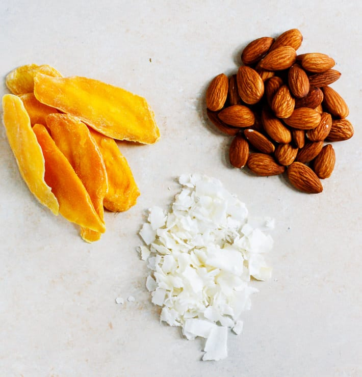 mango coconut almond protein bars ingredients