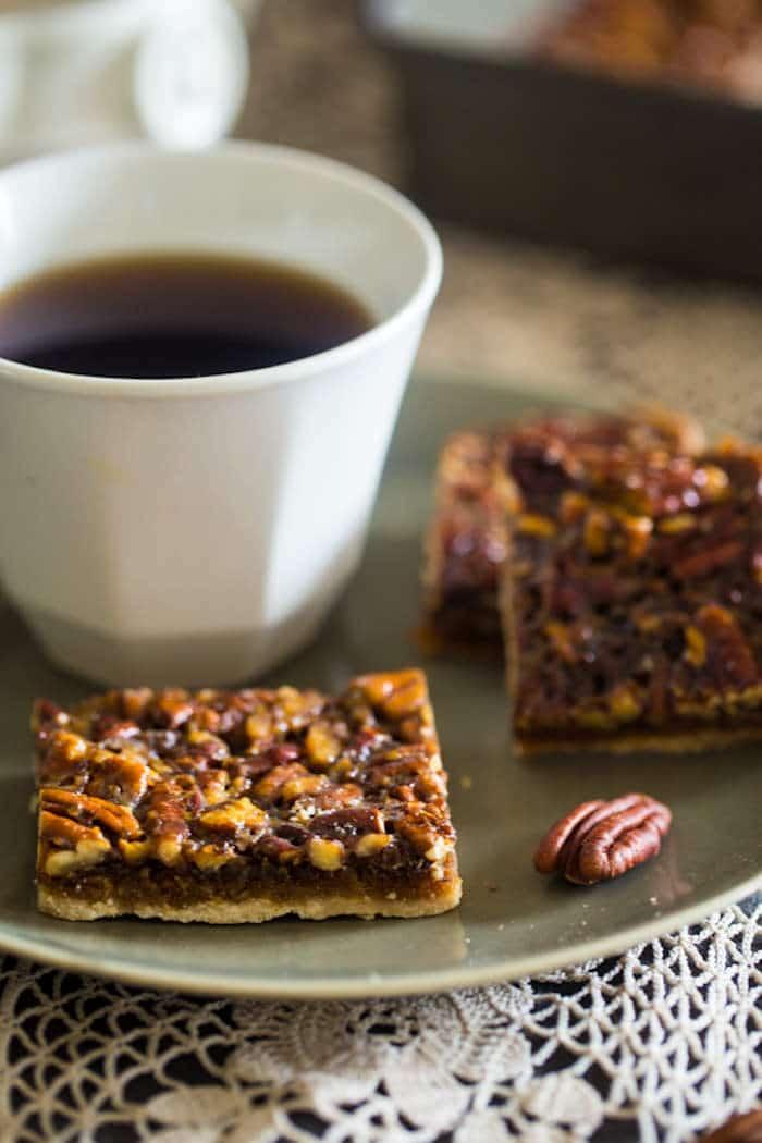 Paleo Pecan Bars @foodfaithfit http://www.foodfaithfitness.com
