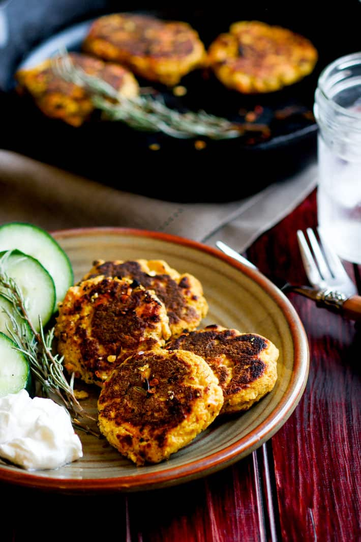 easy-paleo-salmon-cakes-with-herbs