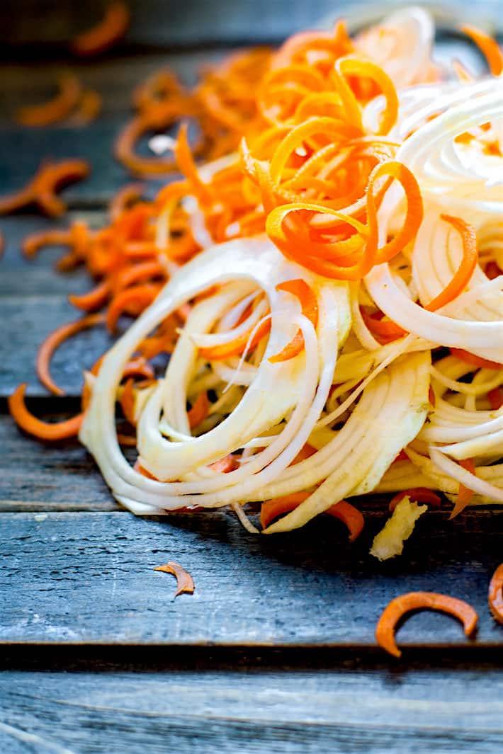 Easy Carrot Celeriac Spiralized Salad!