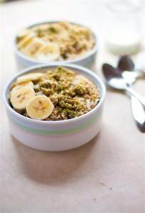 Energizing Coconut Matcha Green Tea Oatmeal {Gluten Free, Vegan}