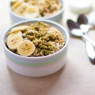 coconut matcha green tea banana oatmeal