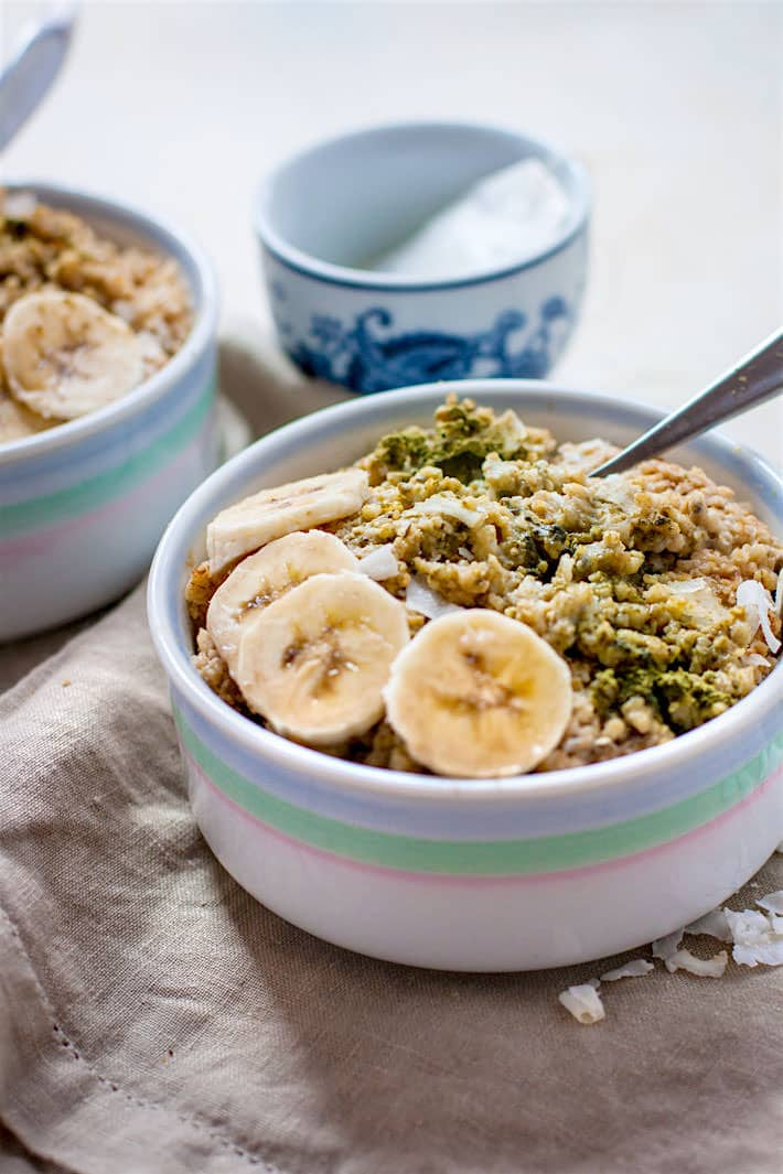 coconut-matcha-green-tea-banana-oatmeal-6