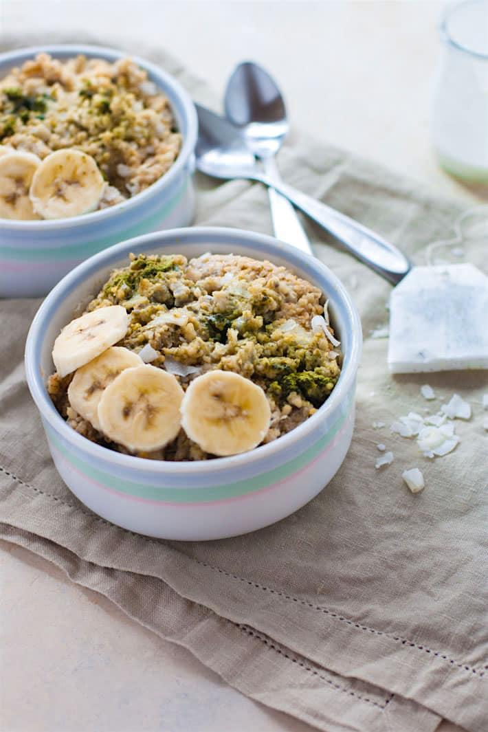 coconut-matcha-green-tea-gluten-free-oatmeal-