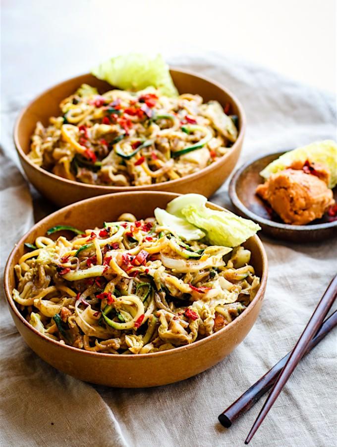 cashew satay spiralized vegetable stir fry (vegan-paleo) (2 of 1)-2