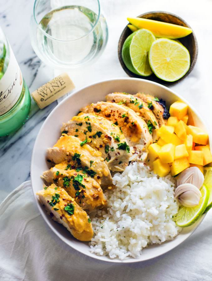 Gluten Free Chili-Lime Mango Marinated Chicken Bowl recipe. This Marinated Chicken recipe is super easy to make, healthy, dairy free, and delicious!