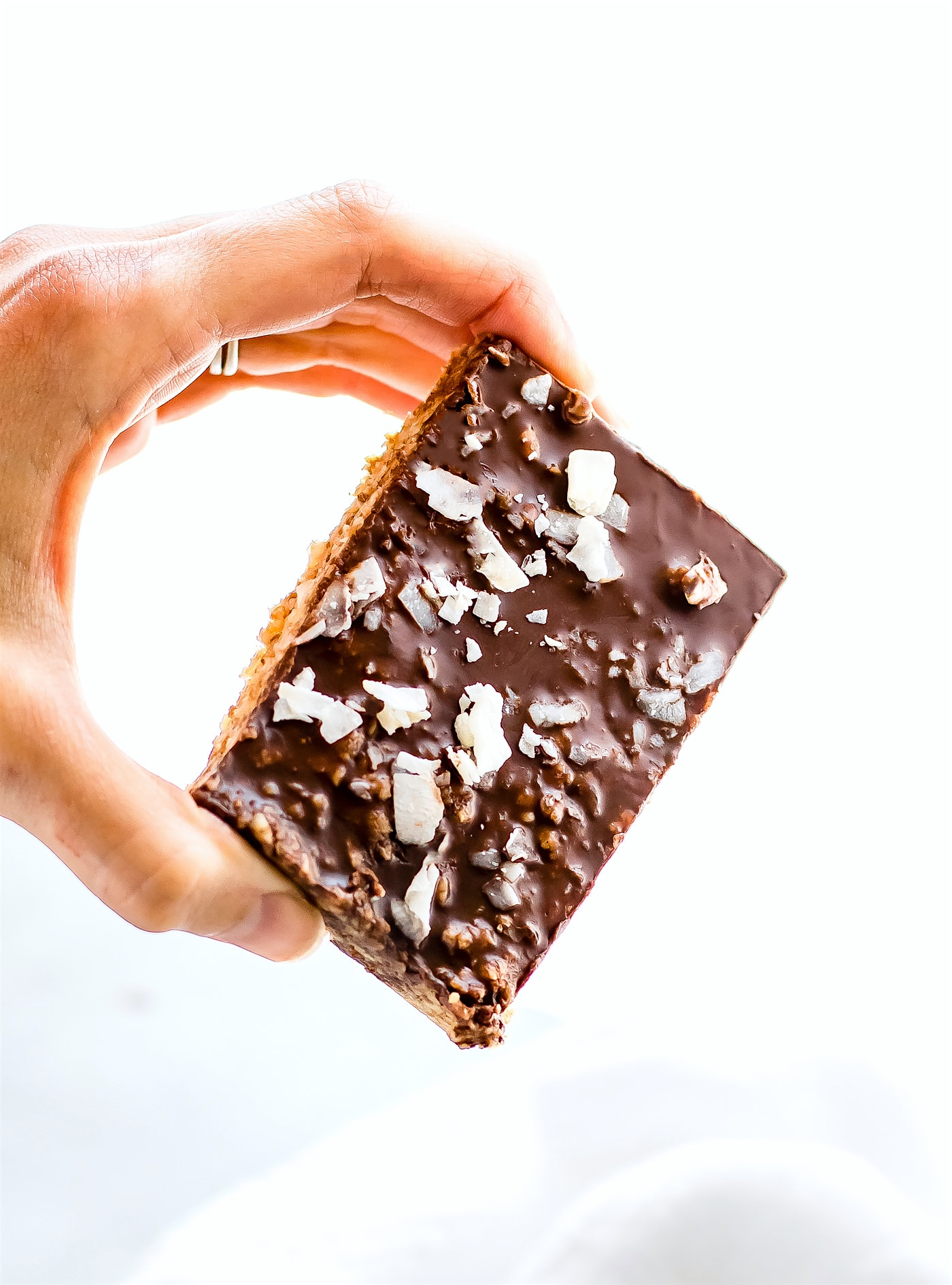 no-bake-chocolate-cashew-bars-paleo-vegan-9