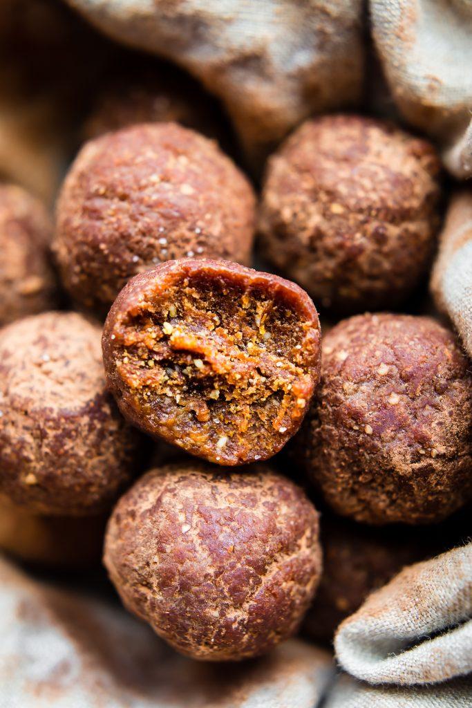 Dark Chocolate Chewy Energy Bites