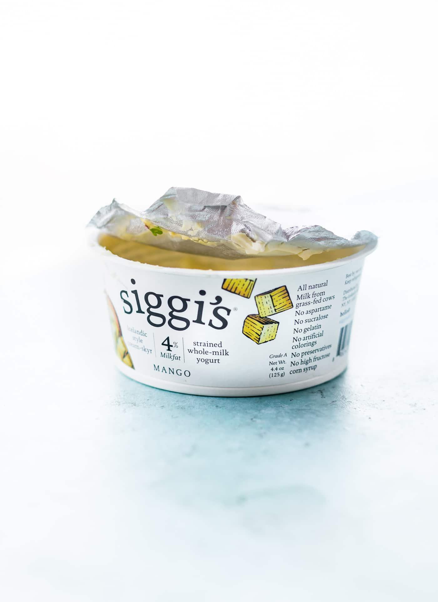 Spicy Mango Avocado Yogurt Dip! A New Way To Eat Veggies! This Spicy Mango