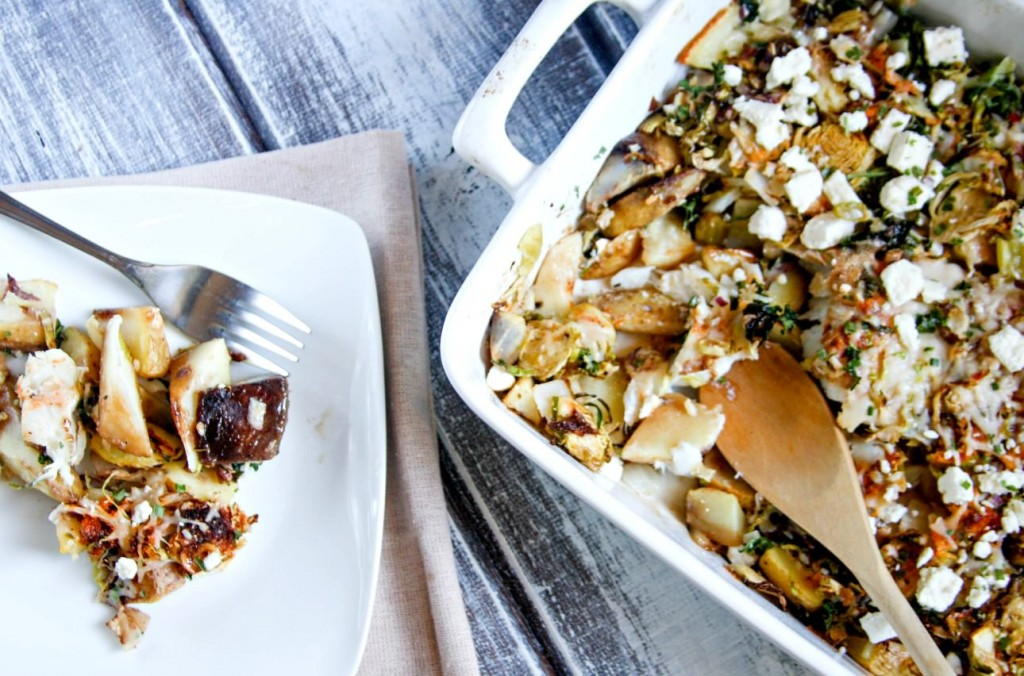 one dish cod veggie potato bake - Easy week night dinner recipe that is #paleo friendly. @cottercrunch