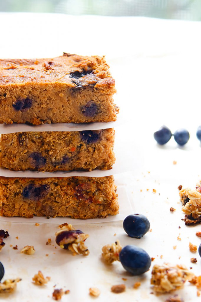 blueberry carrot cake breakfast bars