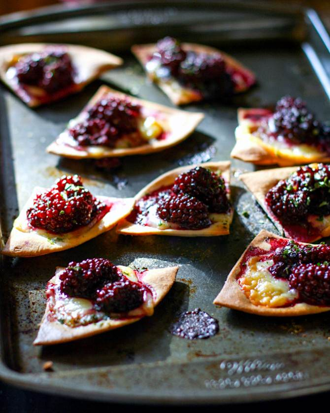 Blackberry Basil Nachos