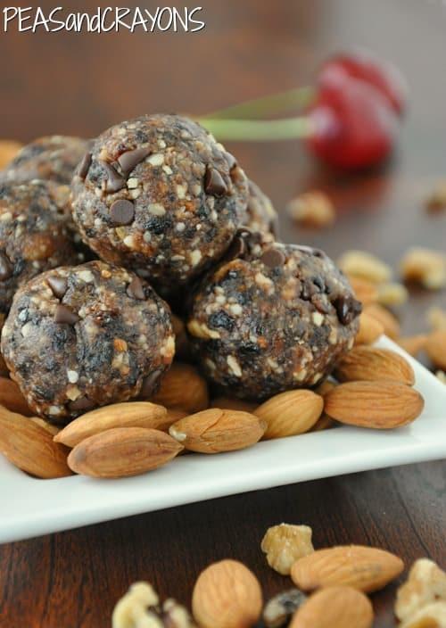 chocolate chip cherry date almond walnut balls @peasandcrayons