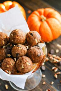 No Bake Pumpkin Spiced Chocolate Pecan Pie Bites {Vegan}