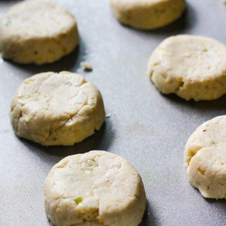 biscuit/gluten free rolls