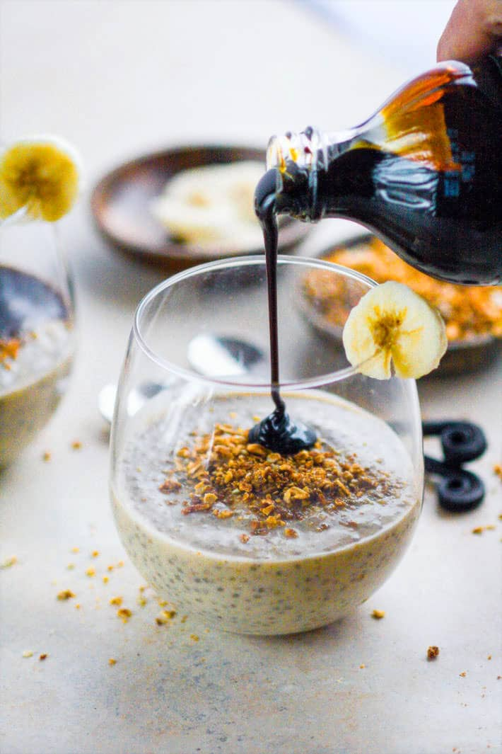 Vegan Ginger Molasses Banana Chia Pudding! This gluten free chia pudding recipe is definitely one to keep around! Taste like a dessert! Simple to make! The key ingredients (ginger, molasses, banana, chia) work together in harmony to create one IMMUNITY boosting recipe!