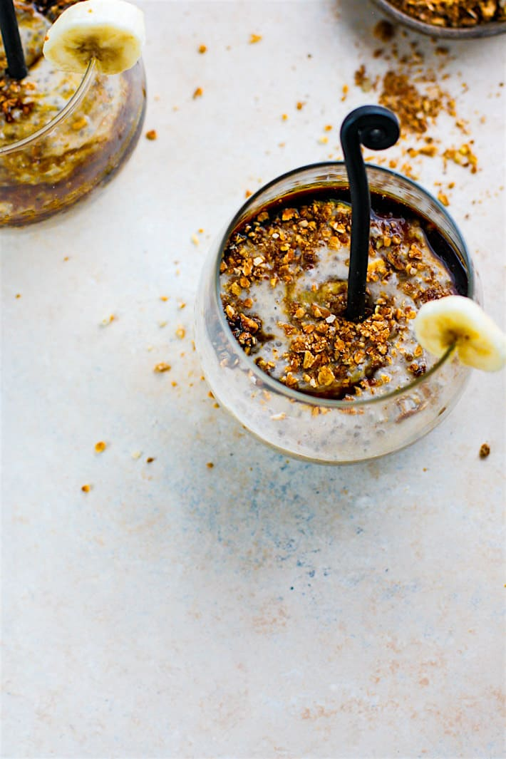 Vegan Ginger Molasses Banana Chia Pudding! This gluten free chia pudding recipe is definitely one to keep around! Taste like a dessert! Simple to make! But more importantly, the key ingredients (ginger, molasses, banana, chia) work together in harmony to create one IMMUNITY boosting recipe! Which is needed for the holiday season or any time of year.