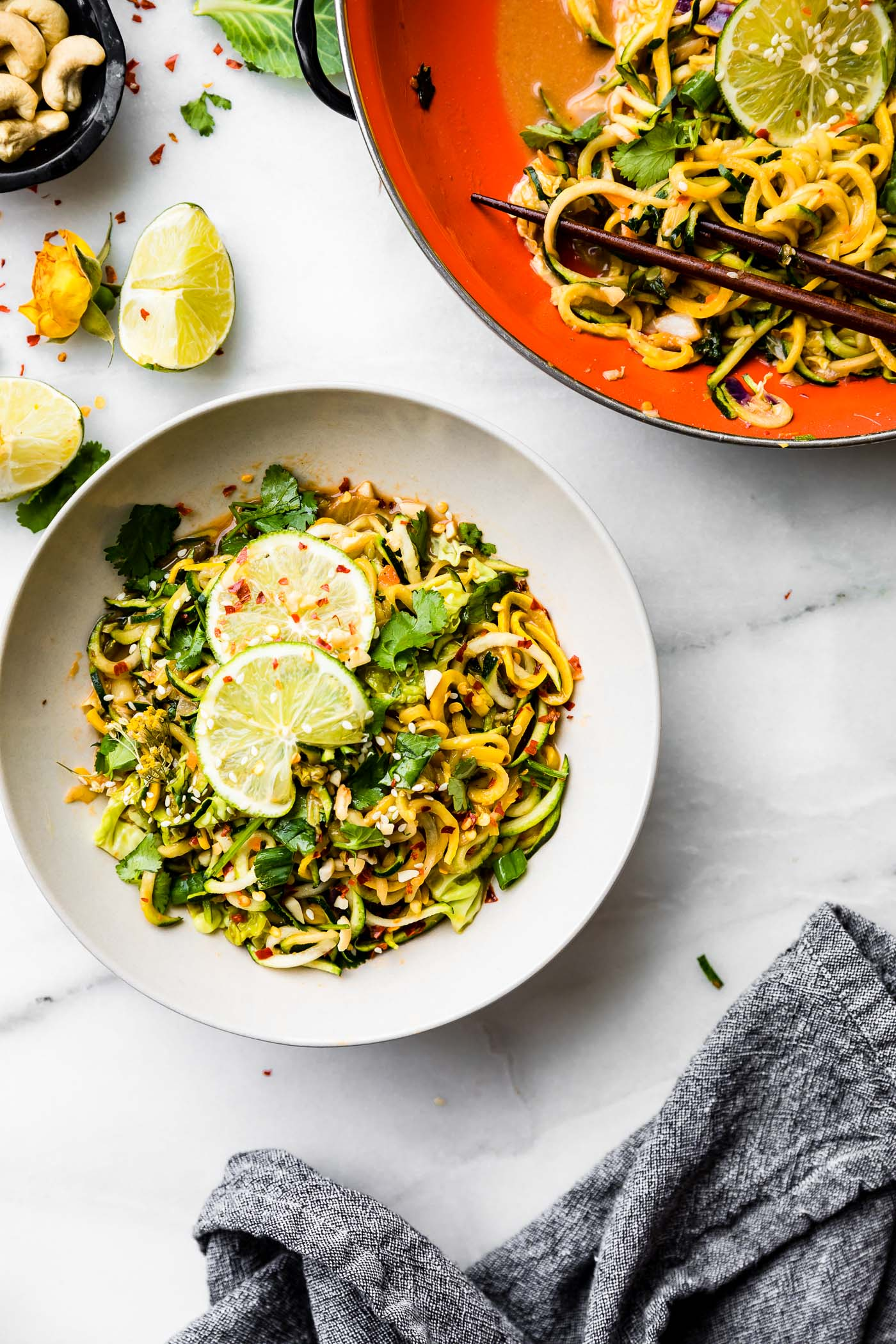 satay-style stir fry recipe with spiralized vegetables