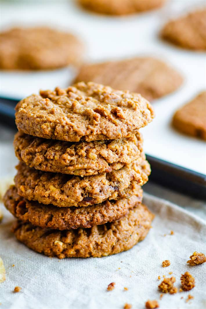 Easy Flourless Banana Almond Butter Cookies. Healthy flourless almond butter cookies that only need a few ingredients to make! These flourless cookies are gluten free, paleo, and vegan friendly. Plus they TASTE AMAZING! Lightly sweetened with ground banana and perfectly nutty with an almond butter base. Great for kids, fuel, snacks, and breakfast on the go!