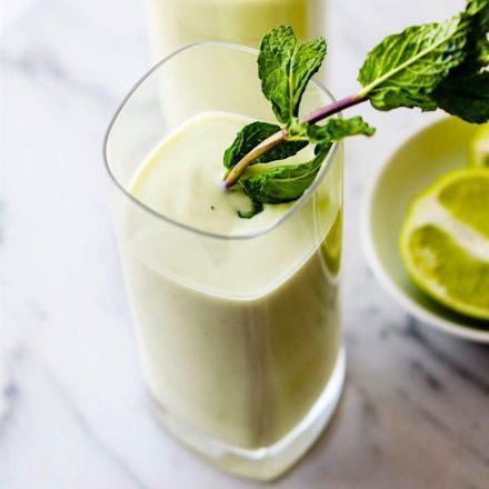 "Vegan Creamy Vanilla Coconut Mojito Smoothie {""Fauxjito"" Mocktail Option}"