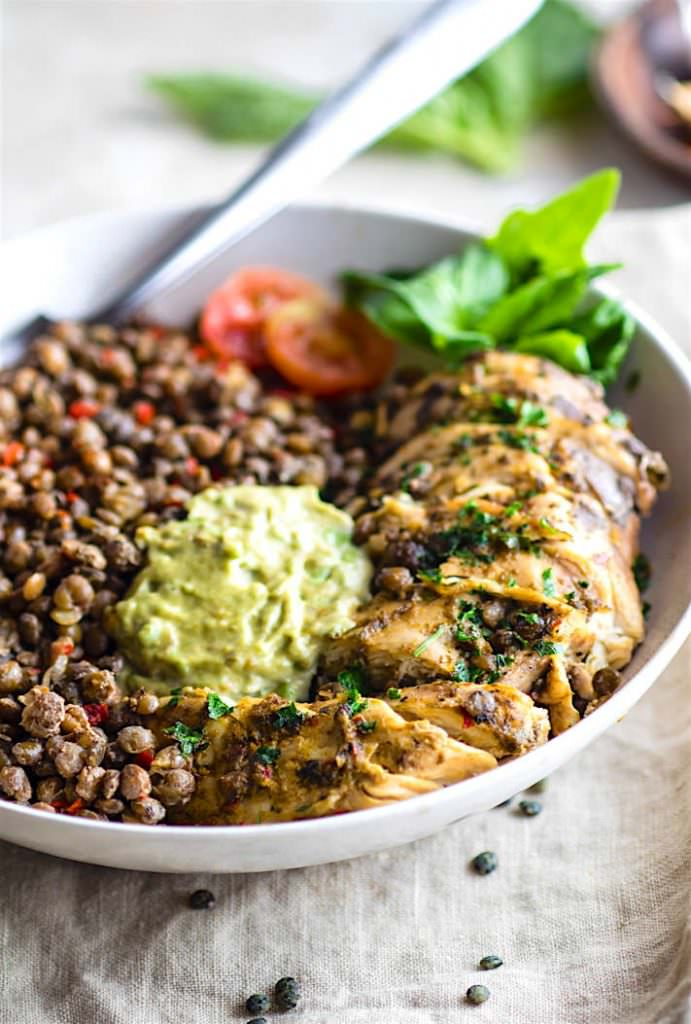 Gluten Free Garlicky Green Chicken and Lentils - his budget friendly gluten free meal plan will show you how to create delicious and healthy gluten free meals, without spending a fortune on the ingredients. Making gluten free meals on a tight grocery budget is possible!