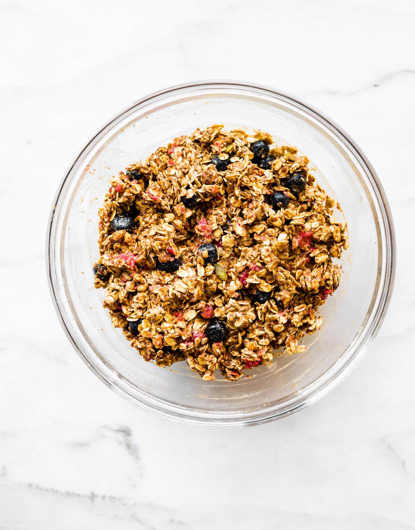 one bowl berry oatmeal breakfast cookies #cookies #vegan #glutenfree #breakfast