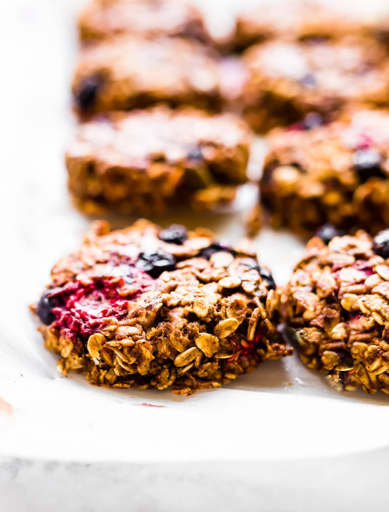 one bowl oatmeal breakfast cookies #glutenfree #vehan