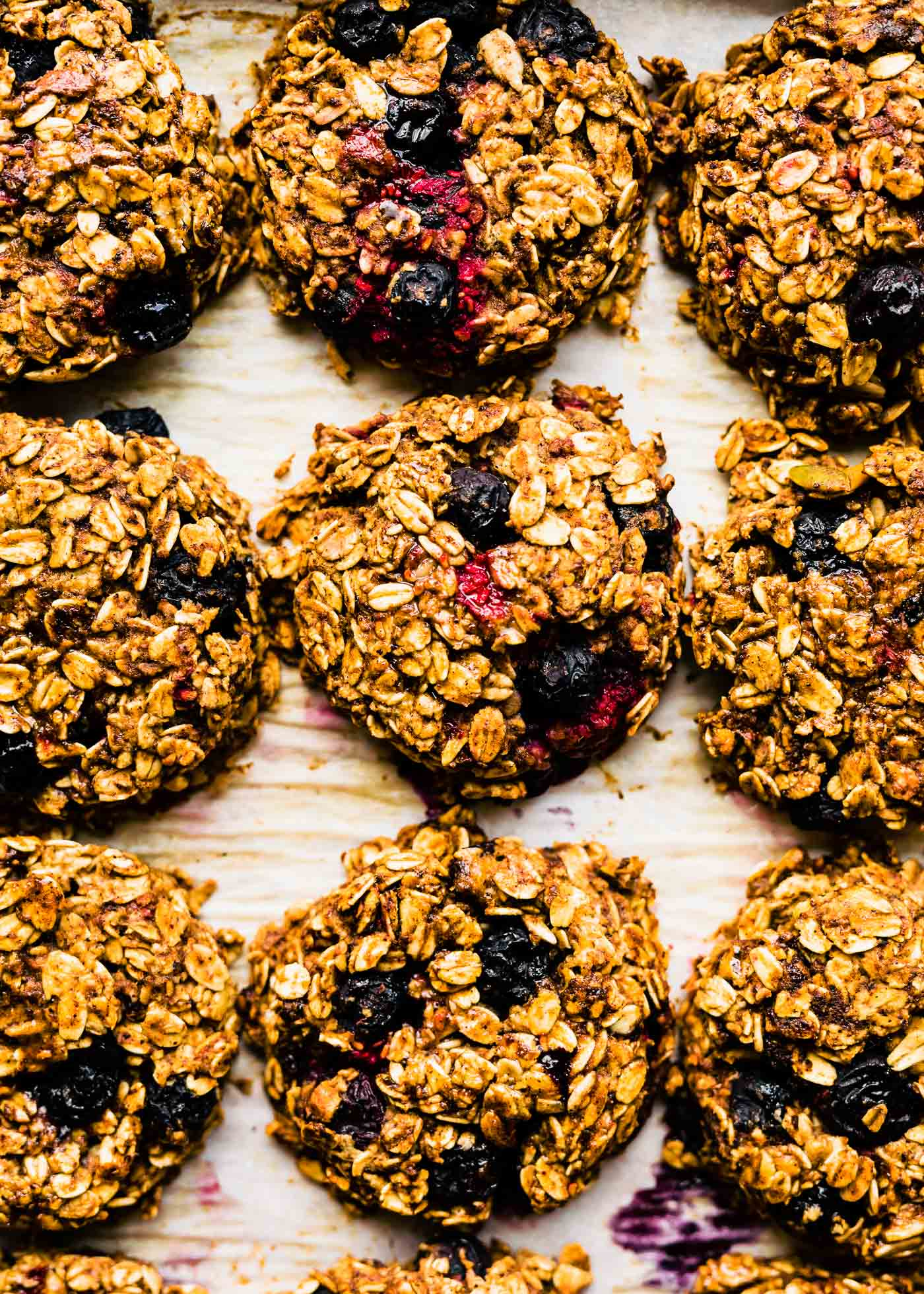 One Bowl Berry Oatmeal Breakfast Cookies