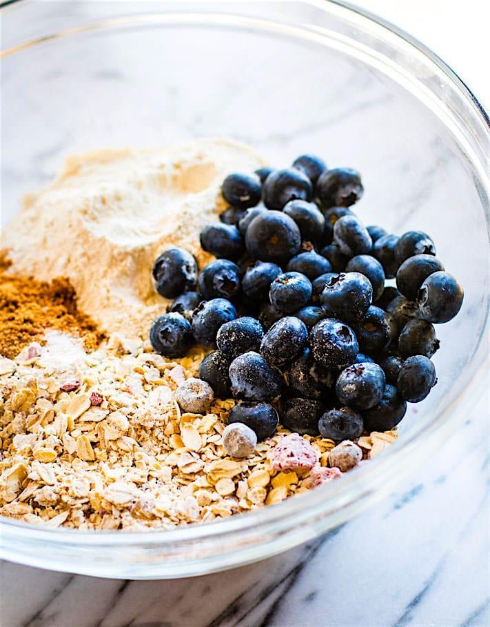 one-bowl-gluten-free-berry-oatmeal-breakfast-cookies--3