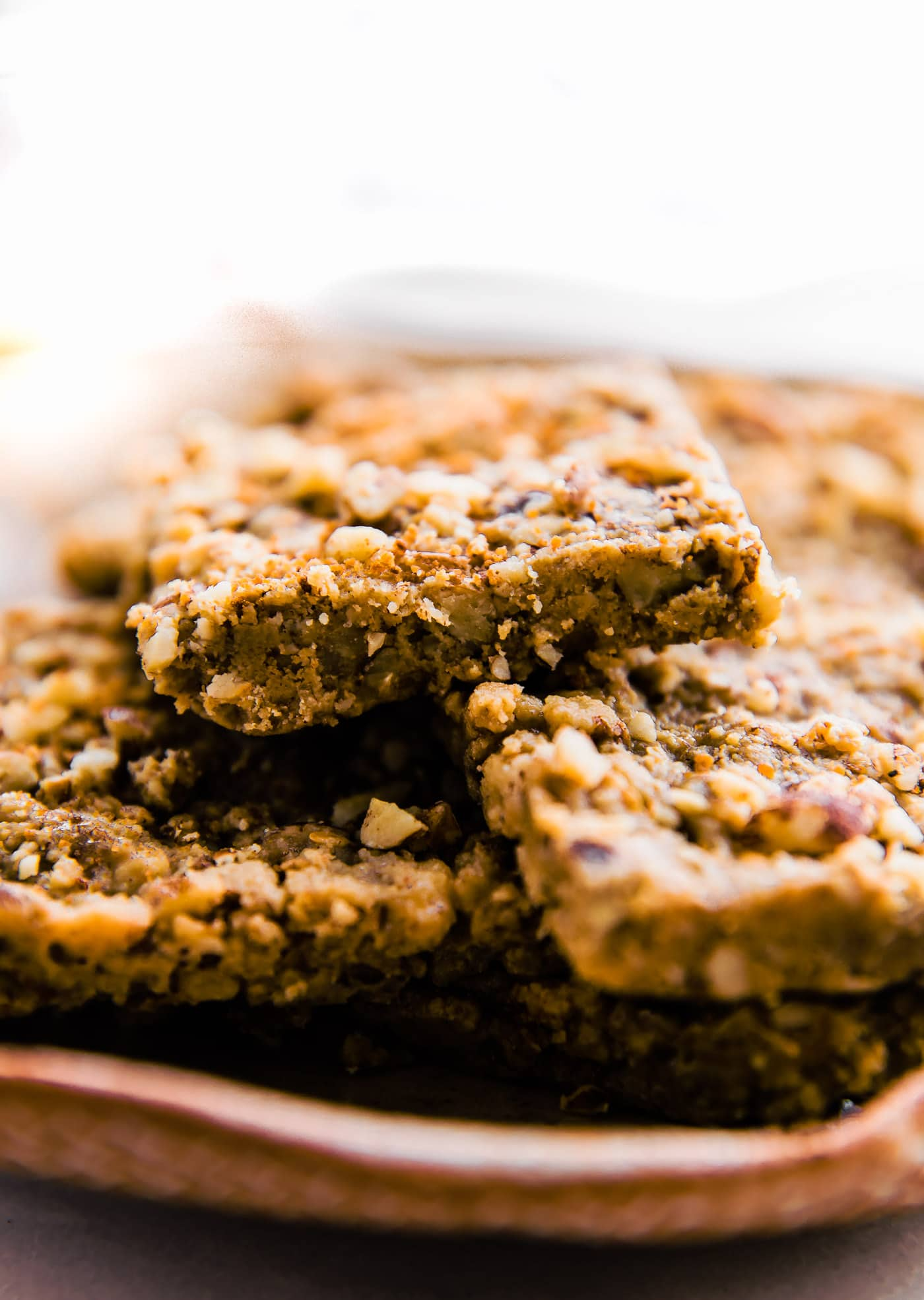 "Super easy 3 Step Paleo ""Baklava"" Bars! healthy vegan friendly bars."