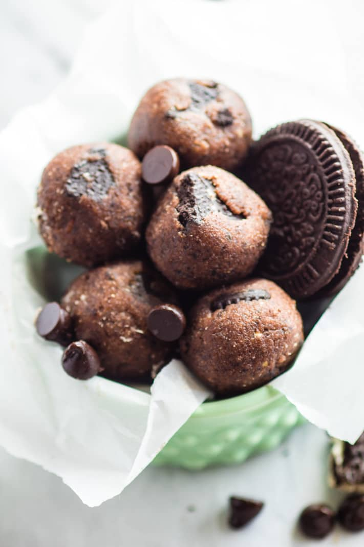 No Bake Mint Chocolate Chip Oreo Cookie Bites! Gluten Free and Dairy Free No bake cookie bites that make for the perfect no bake healthy dessert or snack alternative. Kid friendly, allergy friendly, refreshing, delicious, and easy to make!