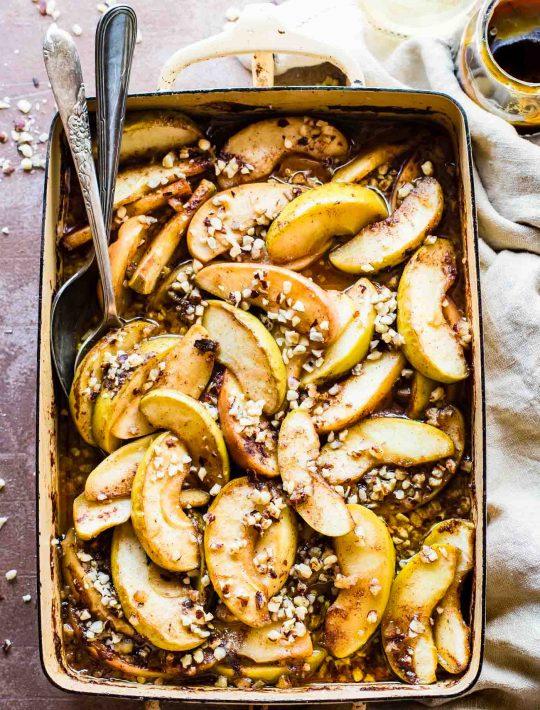 hot fruit bake with caramelized apples