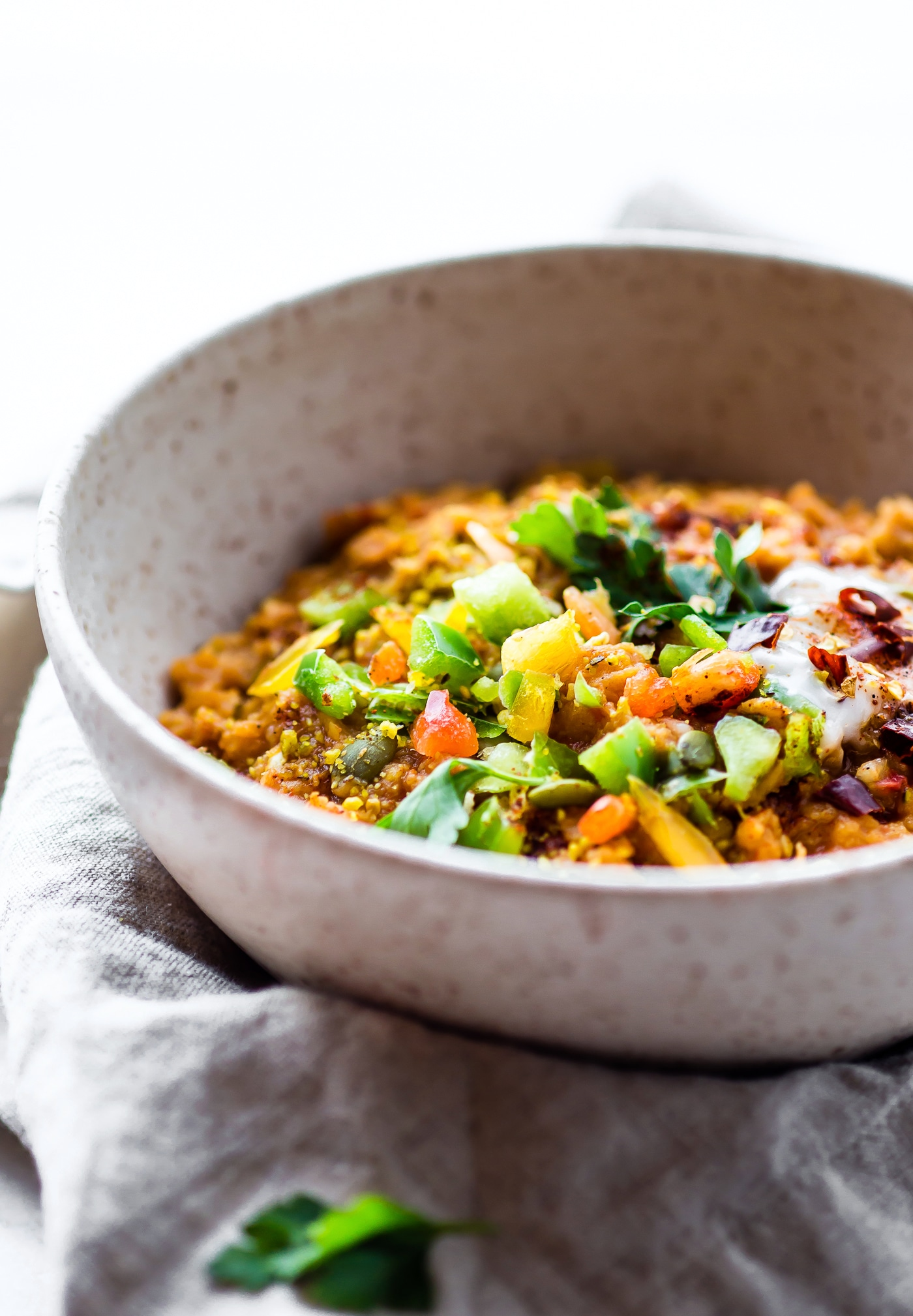 A hearty yet healthy BBQ Vegan lentil chili made with a few simple ingredients. Just like a taste of Texas! BBQ spices, sauce, onions, vegetables, and lentils. Throw in the crockpot and go. A fiber and protein rich meal that will feed plenty. Gluten-free and Grain Free.