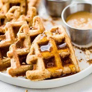 Flourless Peanut Butter Waffles {Protein Packed} Gluten free