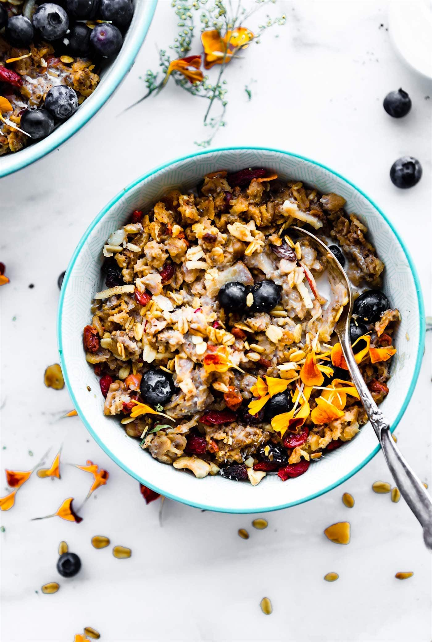 instant pot oatmeal - superfood bowls for breakfast. Healthy, vegan, gluten free.