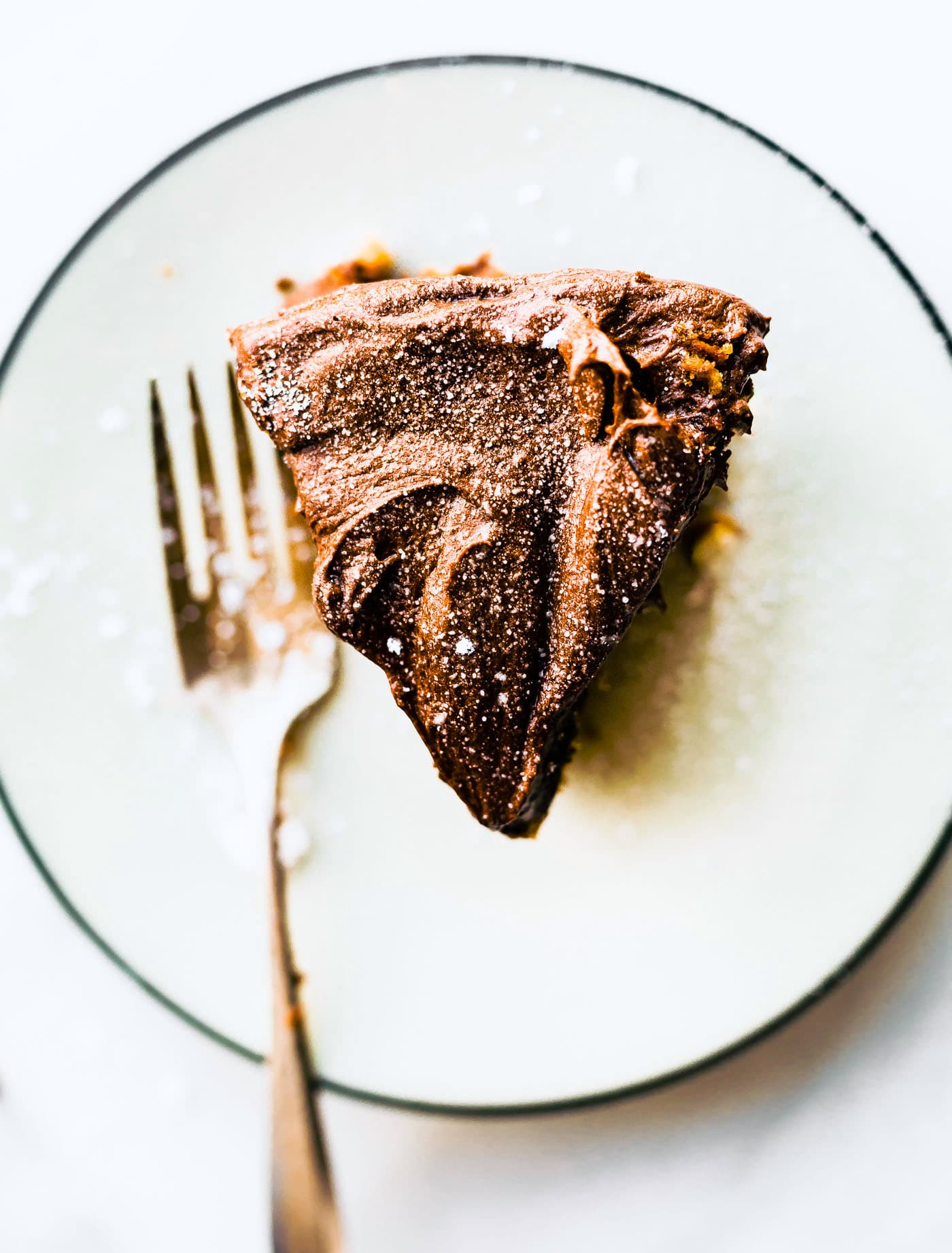 Vegan White Cake with Chocolate Coconut Cream Frosting (paleo)