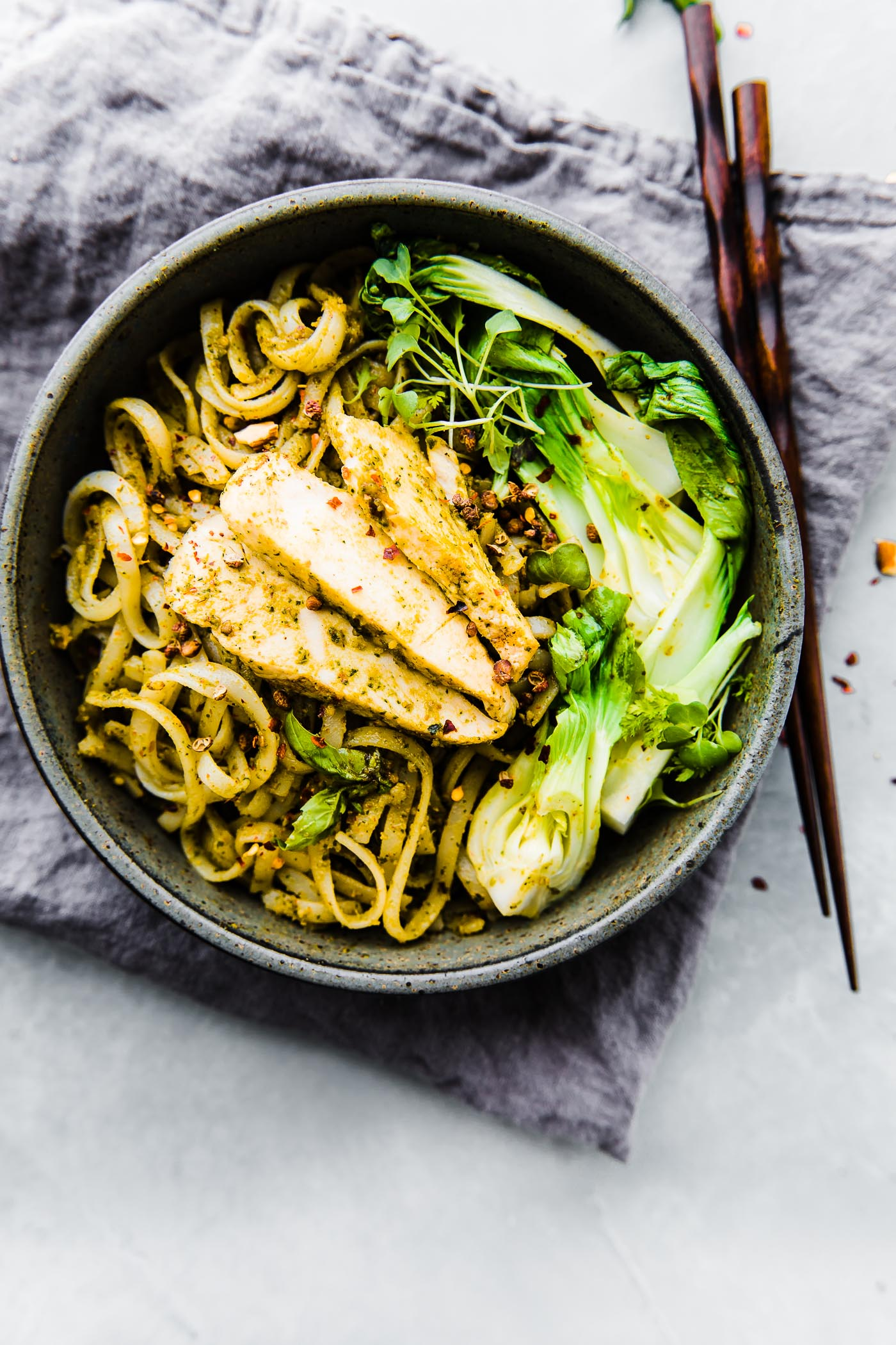 Asian chicken and noodles stir fry dinner