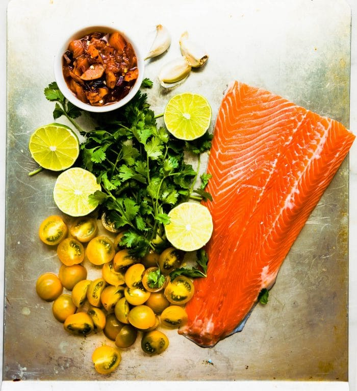 salmon and peach salsa ingredients