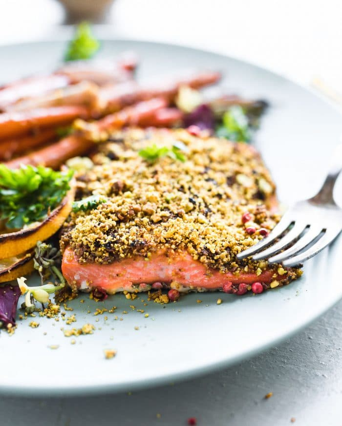 filet of salmon with pistachio crust