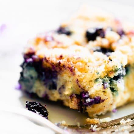 blueberry buckle dessert on a plate