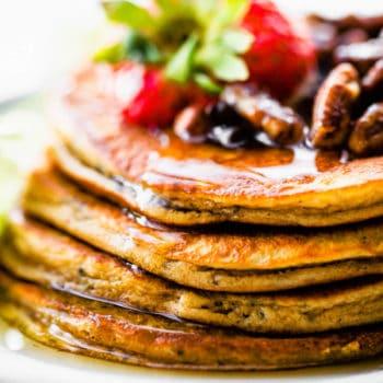 4 ingredient paleo pancakes - flourless protein pancakes (Keto)