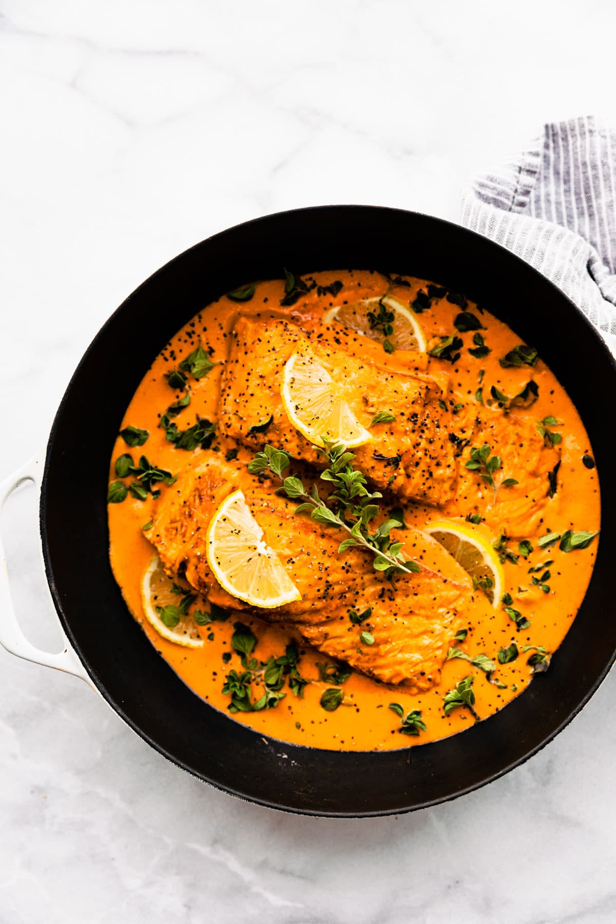 Baked salmon with Red Pepper Sauce