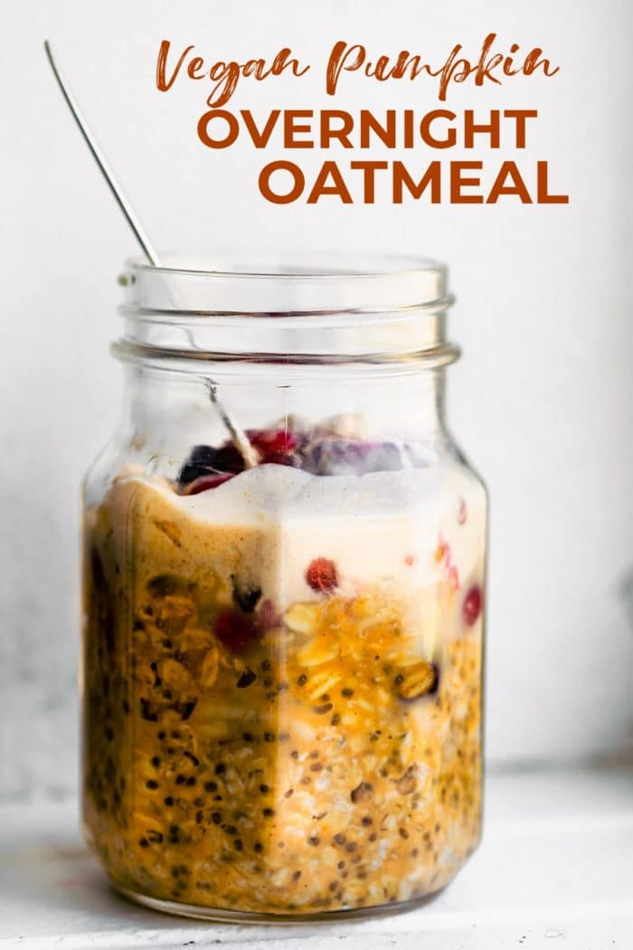 Vegan overnight oats are an easy, nourishing breakfast. Adding pumpkin makes them perfect for fall! Make this pumpkin oatmeal recipe to celebrate the season. They're naturally gluten free, and dairy free as well. #oatmeal #overnightoats #mealprep #vegan #glutenfree #breakfast
